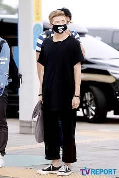 BTS at Incheon Airport Going to Myanmar Bts Airport, Airport Style, My Life Style, Style Me, Bts Mask, Airport Fashion Kpop, Rapper, Kim Namjoon, Bts Rap Monster