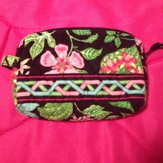 Vera Bradley cosmetic case Retired botanic gardens pattern. Never used Vera Bradley Bags Cosmetic Bags & Cases