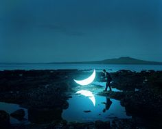 Leonid Tishkov, Russian Artist, Travels The World With His 'Private Moon'