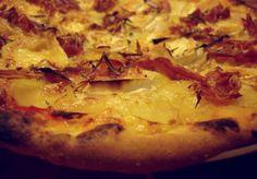 Pizza coppa chèvre pommes de terre