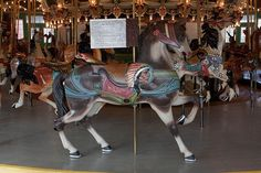 Merry-Go-Round-Maryland looks like the historic one at Glen Echo