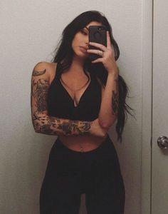 Tattoo Sleeve Women Girly Black 21 Trendy Ideas tattoo old school tattoo arm tattoo tattoo tattoos tattoo antebrazo arm sleeve tattoo Mini Tattoos, Trendy Tattoos, Cute Tattoos, Body Art Tattoos, Small Tattoos, Tatoos, Girl Arm Tattoos, Girls With Tattoo, Sexy Tattoos