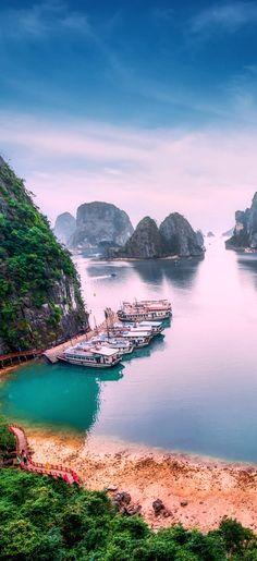 Ha Long Bay, Vietnam, South China Sea