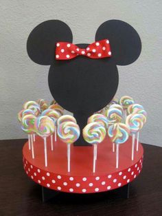 Mickey e Minnie Mouse Mickey Mouse Clubhouse, Fiesta Mickey Mouse, Minnie Mouse Theme, Mickey Party, Mickey Mouse Birthday, Cake Pop Stands, Mouse Cake, Mouse Parties, Disney Parties