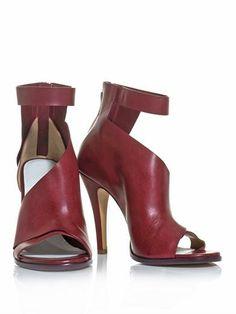 Maison Martin Margiela double montage ankle strap sandals. #shoes #fashion