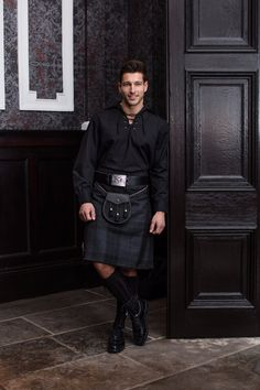 Our Silver Mist exclusive tartan combines black and grey giving the ultimate formal finish for your wedding. Style with a grey tweed jacket to finish the look or perhaps a traditional Scottish ghillie shirt for a less formal occasion! Tartan Fashion, Mens Fashion, Scottish Fashion, Scottish Dress, Kilt Hire, Modern Kilts, Scotland Kilt, Men Wearing Skirts, Men In Kilts