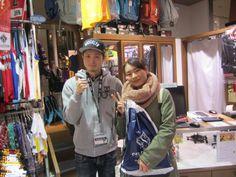 【大阪店】2015.02.22 アクターとジョーダンのバスパンをお買い上げ下さいました!!ライブやフェスに行くのが好きだそうでその時に履いてくださるそうです!!最高です!バスパンはいてイベント楽しんで下さいね!!