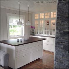 10 Productive Clever Tips: Kitchen Remodel Layout Ovens colonial kitchen remodel white granite.U Shaped Kitchen Remodel Pantries simple kitchen remodel granite.Small Kitchen Remodel U-shape. Small Kitchen Remodel Cost, 1970s Kitchen Remodel, Kitchen Remodel Pictures, Galley Kitchen Remodel, Ikea Bodbyn Kitchen, New Kitchen Cabinets, Dark Cabinets, Cupboards, Kitchen Island