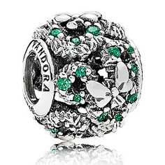 Mickey Mouse Holiday Wreath Charm By Disney Pandora Charms Cheap To Buy, Price: - Pandora Jewelry: Official Website Pandora Uk, Pandora Charms Disney, Cheap Pandora, Pandora Bracelet Charms, Pandora Rings, Pandora Jewelry, Charm Jewelry, Silver Jewelry, Silver Ring