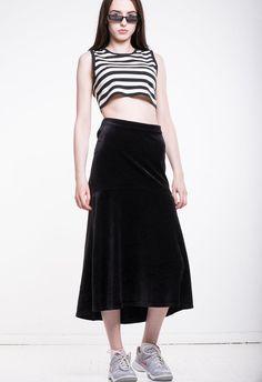 e8263a2607030 VINTAGE Black Velvet High Waist Retro Long Skirt