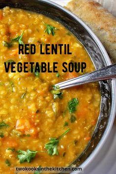 Lentil Vegetable Soup, Red Lentil Soup, Soup With Lentils, Healthy Lentil Soup, Vegetable Soup Healthy, Healthy Soups, Vegan Soups, Hearty Soup Recipes, Vegetable Recipes