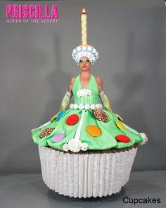 Cupcakes.¿No te has creído lo de la purpurina y los tacones? ¡Vas a querer comerte a Joaquín Fernández convertido en muffin gigante!
