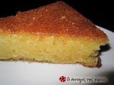 Θεσσαλονικιό Σάμαλι, μια δικιά μου έκδοση απο το αγαπημένο μας Σάμαλι. Έυκολο και γρήγορο όσο απο νοστιμιά, μια δοκιμή θα σας πείσει. Greek Sweets, Greek Desserts, Greek Recipes, Middle Eastern Desserts, Craving Sweets, Different Recipes, Cornbread, Vanilla Cake, Cravings