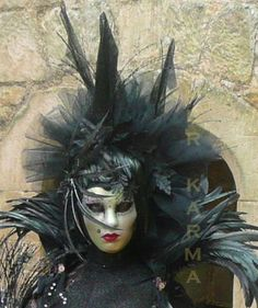 Masked statue to hire - Witch Living statues to hire across the UK inc Manchester, London, Birmingham and Brighton.  http://www.calmerkarma.org.uk/statues-living.htm  Chat to us about the exact statue you would like to hire on 0203 602 9540
