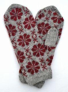 Vante Blomma väderkvarn Mittens Pattern, Knit Mittens, Knitted Gloves, Knitting Socks, Knitting Stitches, Knitting Patterns Free, Free Knitting, Fair Isle Pattern, How To Purl Knit