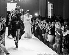 Collection Couture de la Créatrice Adeline Ziliox  #Designer #Couture #HauteCouture #Designer #Models #Black #White #Feather #Plumes #Paris # Strasbourg #Show #Catwalk #Fashion #Mode #Création