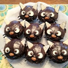 My niece made these Chococat cupcakes for my birthday. So cute!!
