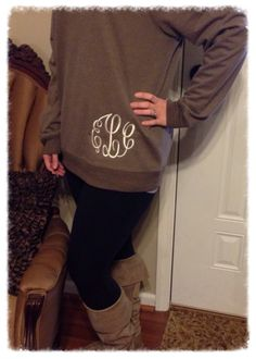 Great monogram position for sweatshirts Embroidery Monogram, Embroidery Ideas, Machine Embroidery, Monogram Sweatshirt, Monogram Gifts, Monogram Initials, Vogue, Swagg, Autumn Winter Fashion