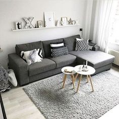 38 Stunning Scandinavian Living Room Design Ideas Nordic Style - Popy Home Farm House Living Room, Living Room Decor Apartment, Minimalist Living Room, Living Room Scandinavian, Room Inspiration, House Interior, Apartment Decor, Living Decor, Scandinavian Design Living Room