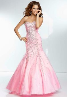 0d96e871a7 195 Best Prom dresses images