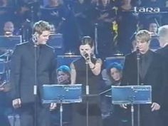 ▶ The Cranberries & Luciano Pavarotti Little Drummer Doylive Vatican 2001 -