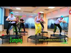 Jumping Fitness, i legitimately want to do this. Best Trampoline Brand, Trampoline Workout, Fitness Trampoline, Wellness Fitness, Yoga Fitness, Health Fitness, Trampolines, Aerial Yoga, Intense Workout