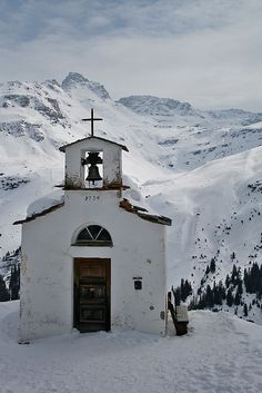 Chapel Frunt, Switzerland  #churches