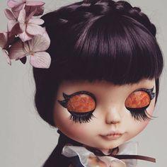 "Miki (@_mikiart) auf Instagram: ""Vera Florentina www.miki-art.com #blythe #customblythe #blythestagram #doll #blythecustom #puppe…"""