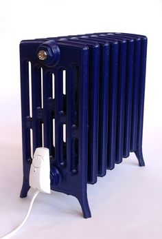 Etonian (electric) in cobalt blue. Let´s Recoupage old cast iron radiators.