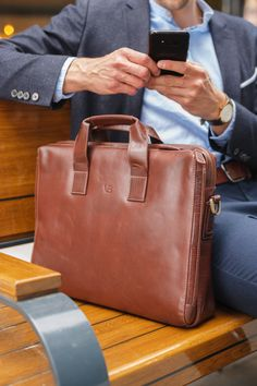 201aef6487 Von Baer Abramovich modern briefcase is the best friend of those who are  ready to use their wit to grab opportunities and make the best out of each  ...