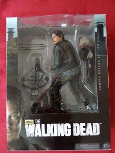 Walking Dead Daryl Dixon 10-Inch Deluxe Action Figure