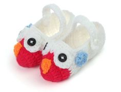 Take 20% off on orders equal or above Rs. 500.00 on warm crochet booties at Pikaboo #Promocode: CROCHET20 #visit:http://www.pikaboo.in