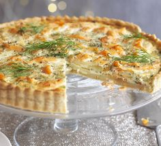 This delicious smoked salmon tart makes a light alternative for lunch. From BBC Good Food. Tart Recipes, Salmon Recipes, Fish Recipes, Seafood Recipes, Recipies, Seafood Meals, Quiche Recipes, Quiches, Dill Salmon