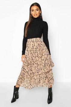 Mono Floral Layered Midi Skirt | boohoo Pleated Skirt Outfit, Long Skirt Outfits, Midi Skirts, Dress Skirt, Fall Outfits, Modest Winter Outfits, Modest Church Outfits, Cute Modest Outfits, Long Skirts