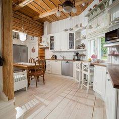 Ihastuttava maalaisromanttinen keittiö Home, Decor, Kitchen
