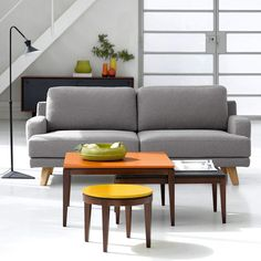 Tables basses orange jaune canapé gris AM. Catalogue Ampm, Home Salon, Table Furniture, Decoration, Grey And White, Sofas, Love Seat, Sweet Home, Couch