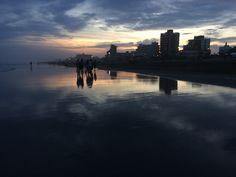 Atardecer en Villa Gesell. #playa #argentina #gesell