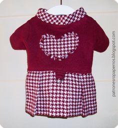 Para nossas menininhas um lindo vestido de manga comprida , como você pode vernesse modelinho a saia é plissada ou pregas na parte de...