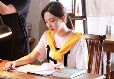 South Korean Girls, Korean Girl Groups, Cosmic Girls, Korean Singer, Chara, Idol, Military, Fashion, Moda
