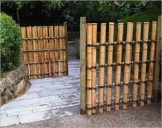 5 Thankful ideas: Garden Fence Design Plans Wood Fence X.Privacy Fence Tall Wood Fence X. Fence Landscaping, Backyard Fences, Garden Fencing, Reed Fencing, Pool Fence, Cerca Natural, Bamboo Garden, Bamboo Fence, Bamboo Fencing Ideas