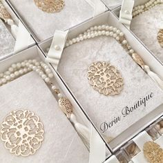 #yasin #mevlüt #mevlid #mevlüthediyesi #tesbih #mevlutkiyafeti #bebekmevlüdü #hediyelik #dogum #kapisusu #takiyastigi #kolanyasisesi… Wedding Crafts, Wedding Themes, Wedding Favors, Wedding Invitations, Ramadan Crafts, Moroccan Wedding, Baptism Favors, Islamic Gifts, Guest Gifts
