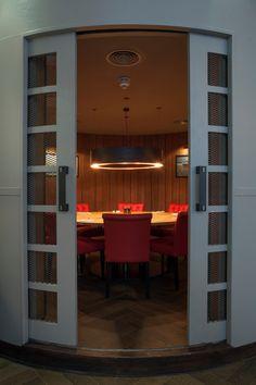 Burger & Lobster (Threadneedle,London) DesignLSM - Restaurant & Bar Design