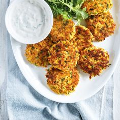 This recipe for delicious vegetarian tofu and sweet potato patties are idea for Meatless Monday. Tofu Recipes, Baby Food Recipes, Vegetarian Recipes, Healthy Recipes, Healthy Food, Sweet Potato Patties, Weigth Watchers, Confort Food, Ricardo Recipe