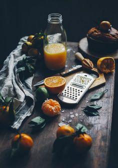 New Fruit Photography Lighting Food Styling 32 Ideas Dark Food Photography, Cake Photography, Photography Lighting, Photography Ideas, Photography Composition, Photography Aesthetic, Food Styling, New Fruit, Fruit Juice