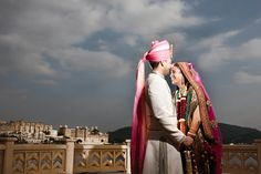 traditional wedding in Udaipur India courtesy Martin Hill Photography www.shaadibelles.com