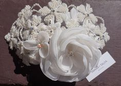 Tocado de novia accesorios blanco casco de la boda. Perla