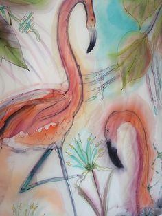 Seda 100% NaturalEste pañuelo está inspirado en los Flamencos rosados, viajando por Andalucía... tierra del arte del Flamenco. Estilo Vintage con colores celestiales y corales...Entonces, oh entonces! viví, honor del tiempo transparente, la visión de un ángel rosado que traía pausado vuelo. Era su cuerpo hecho de plumas, eran de pétalos sus alas, era una rosa que volaba dirigiéndose a la dulzura. Se posó el ángel en el agua como una nave nacarada y resplandecía en la luz el rosal rosa de su…