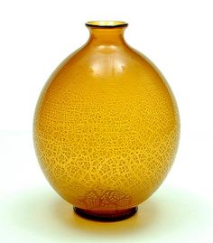 Amber glass Serica vase no.6 with crackle design A.D.Copier 1928 executed by Glasfabriek Leerdam / the Netherlands