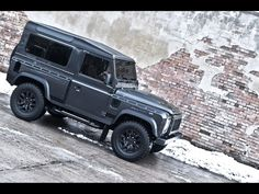 2013 A Kahn Design Land Rover Defender Military Edition. Yes I don't mind if I do. Xx E