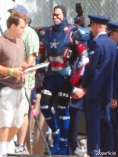 IRON MAN 3 - Patriot Armor Revealed in SetPhotos! Im excited for it!!